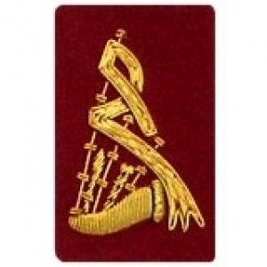 Bagpipe Badge Gold Bullion on Red